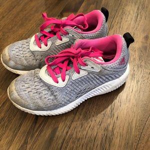 💗Adidas gym shoes | kids 12